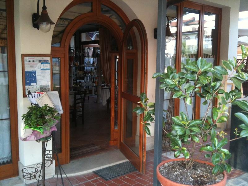 ingresso-ristorante-tipico